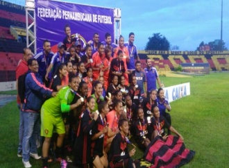 Sport empata com o Vitória e é campeão do PE Feminino