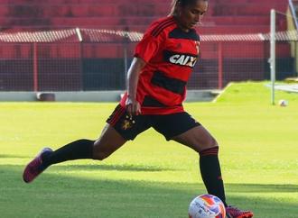 Jogadora do Sport é campeã com a Seleção Brasileira Universitária