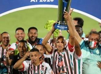 CONMEBOL parabeniza o Salgueiro pela conquista do Pernambucano