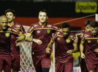 Sport vence o Fluminense na Ilha do Retiro por 1x0