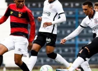 No Brasileiro sub-17, Sport é superado pelo Corinthians