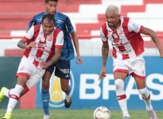 Náutico leva gol no fim e deixa vitória escapar contra o Cruzeiro