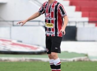 Léo Gaúcho brilha, Santa goleia Cabense e vai à semi do PE Sub-20