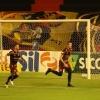 Sport vence o Corinthians e sobe para o sétimo lugar