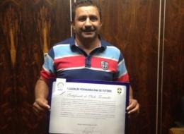 Serra Talhada recebe certificado de clube formador