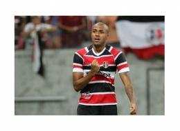 Santa Cruz vence o Vasco por 1x0 na Arena Pernambuco