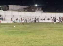 Vera Cruz ganha do Atlético, mas não se classifica